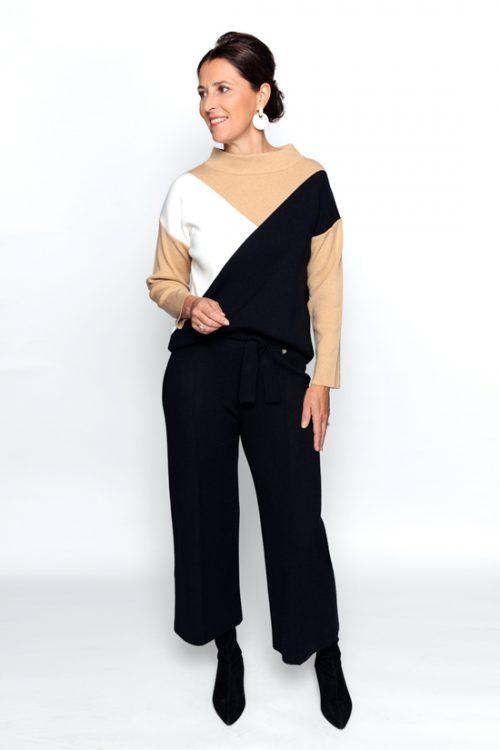 Zwarte tricot broek op 3/4 lengtert