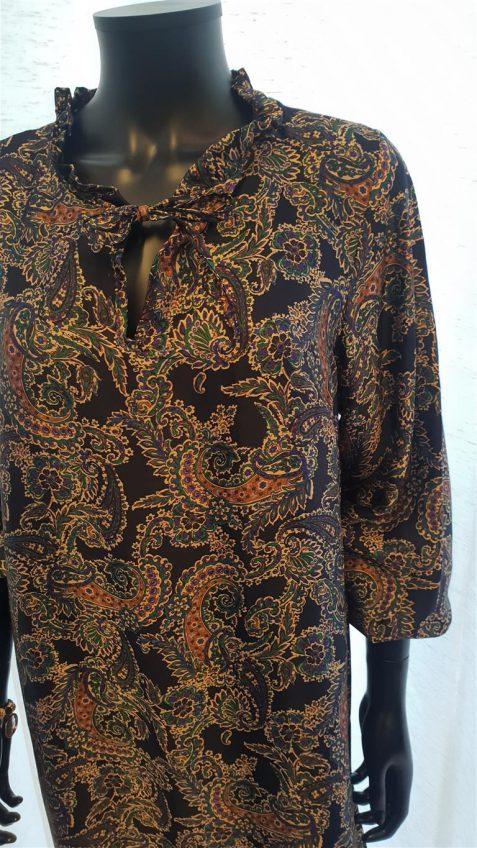 Halflange jurk in cashmere print marine