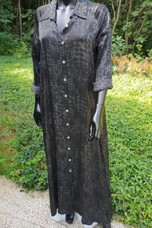 Lange hemdsjurk in satijn